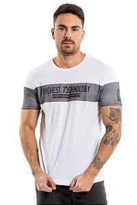 Camiseta manga curta com recortes em tela e estampa central