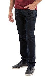Calça jeans reta com efeito amassado
