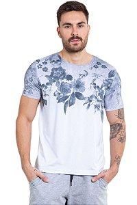 Camiseta manga curta estampa floral