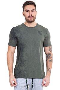 Camiseta manga curta detalhe manchado