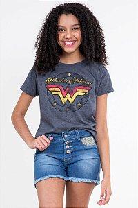 Camiseta juvenil manga curta mulher maravilha