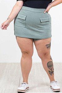 Shorts saia bolsos frontal plus size