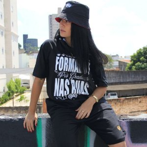 CAMISETA FOLLY FORMADOS BLACK WHITE