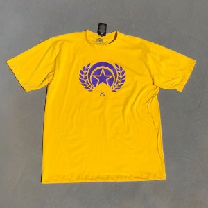 CAMISETA FOLLY LOGO PURPLE FORMADOS LAKERS COLOR