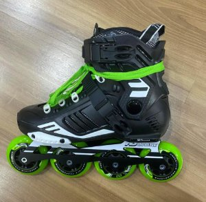 Patins Custom Traxart HD 80mm (verde) - 37 BR