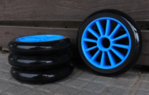 6 Rodas Creme 125mm - Preta (cubo azul)