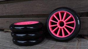 6 Rodas Creme 125mm - Preta (cubo rosa)