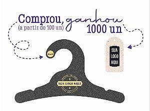Promoção Comprou Ganhou: Cabide Personalizado com sua logo / Infantil / Preto H / CS100 Ganhe a Tag Natural 1000 unidades personalizado