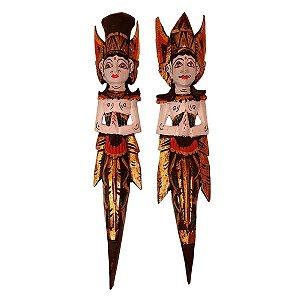 Escultura Rama e Sita de Madeira Balsa Branco e Verde 50cm