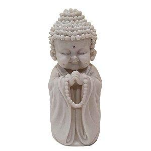 Escultura Baby Monge Terço de Pó de Mármore Branco 17cm