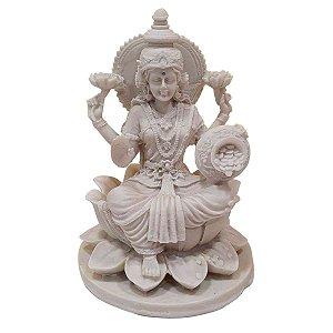 Escultura Lakshmi de Pó de Mármore Branca 20cm