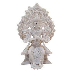Escultura Tara no Trono de Pó de Mármore Branco 16cm