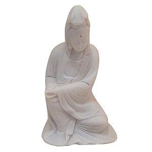 Escultura Kwan Yin de Pó de Mármore Branco 12cm