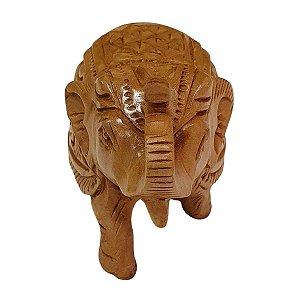 Escultura de Elefante Indiano de Madeira Suar Esculpido 9cm