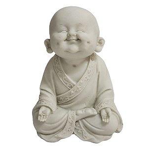Estátua de Baby Monge de Pó de Mármore Branco Sorrindo 18.5cm
