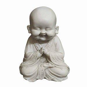 Estátua de Monge Sorrindo Mudra Oração Pó de Mármore 15cm