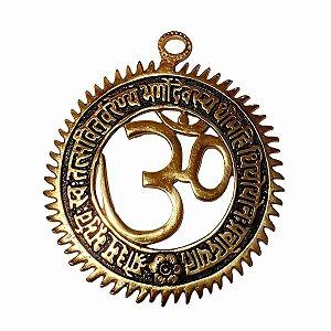 Om Mandala Decorativo de Metal Dourado 13,5cm
