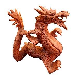 Escultura de Dragão de Madeira Teca 16cm