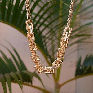 Colar elos retangulares ouro semijoia