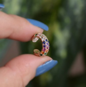 Piercing de encaixe zircônia colorida ouro semijoia