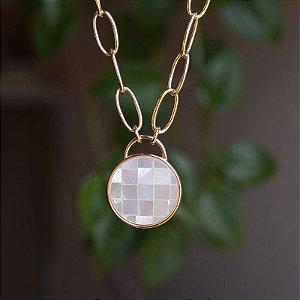 Colar corrente pedra natural mosaico madrepérola ouro semijoia
