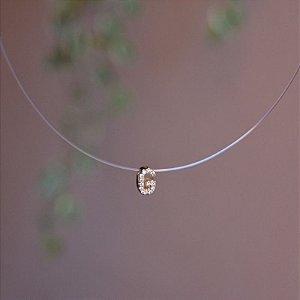 Colar fio de nylon letra G ouro semijoia