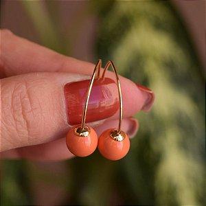 Brinco gancho bola laranja ouro semijoia