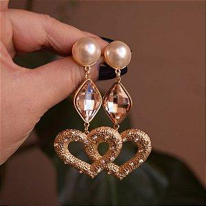 Brinco Leticia Sarabia cristal swarovski coração com pérola