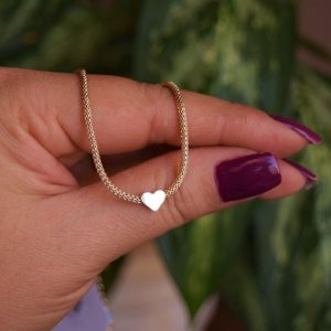 Colar choker corrente coração ouro semijoia