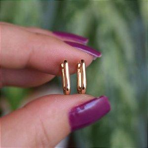 Brinco argolinha retangular p ouro semijoia