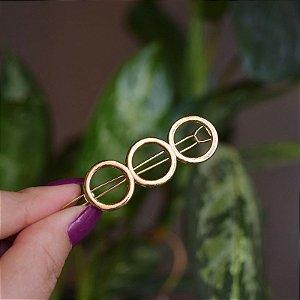 Presilha círculos dourado