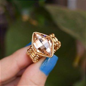 Anel ajustável Leticia Sarabia losango cristal dourado