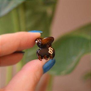 Piranha de cabelo mini Bianca acrílico marrom 05 157