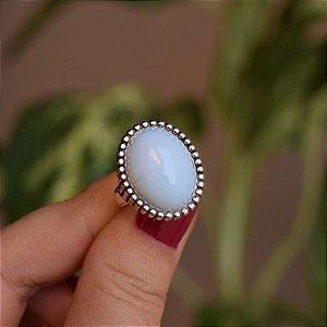 Anel oval pedra natural opalina prata 925