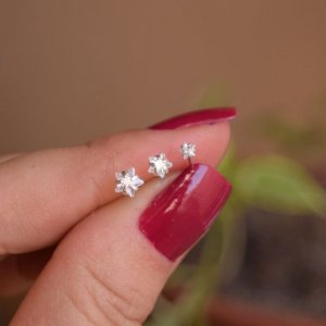 Kit 3 brincos ponto de luz estrelas zircônias prata 925