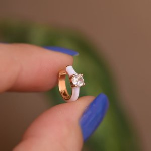 Piercing de encaixe individual esmaltado branco cristal ouro semijoia 21a04012