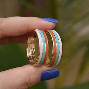 Brinco argola esmaltada tricolor dourado