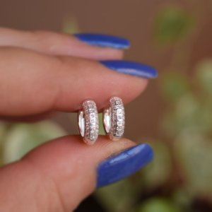 Brinco argolinha segundo furo zircônia prata 925