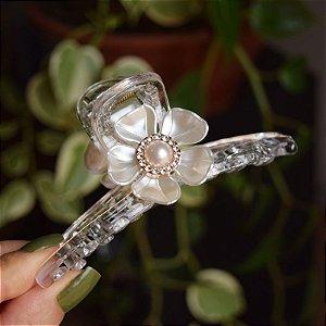 Piranha de cabelo acrílico grande flor pérola transparente