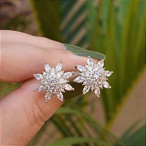 Brinco flor zircônia ouro semijoia
