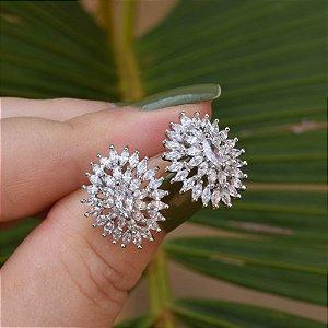 Brinco oval zircônia ródio semijoia