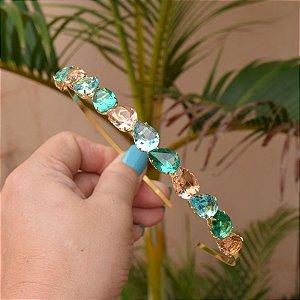 Tiara metal dourado com cristais gotas coloridos