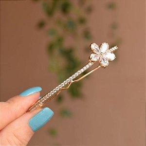 Presilha flor zircônia dourado 18k15020