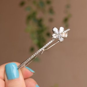 Presilha flor zircônia prateado 18k15020