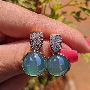 Brinco redondo pedra natural ágata azul céu zircônia ouro semijoia