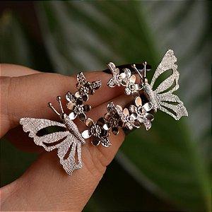Brinco borboleta e flores ródio semijoia