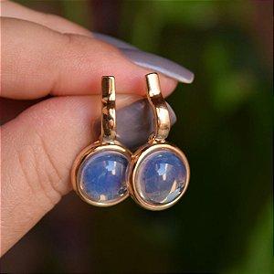 Brinco redondo pedra natural opalina ouro semijoia