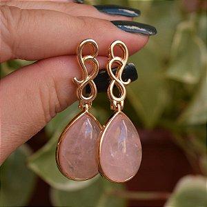 Brinco gota pedra natural quartzo rosa ouro semijoia