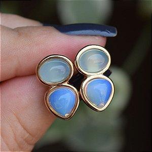 Brinco pedras naturais ágata azul céu e opalina ouro semijoia