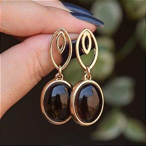 Brinco oval pedra natural obsidiana fumê ouro semijoia
